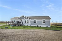 5747 133rd Ave NW, Williston, ND 58801