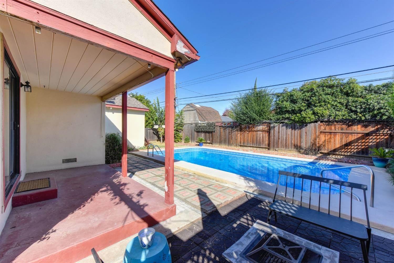 2724 Normington Drive, Sacramento, CA 95833