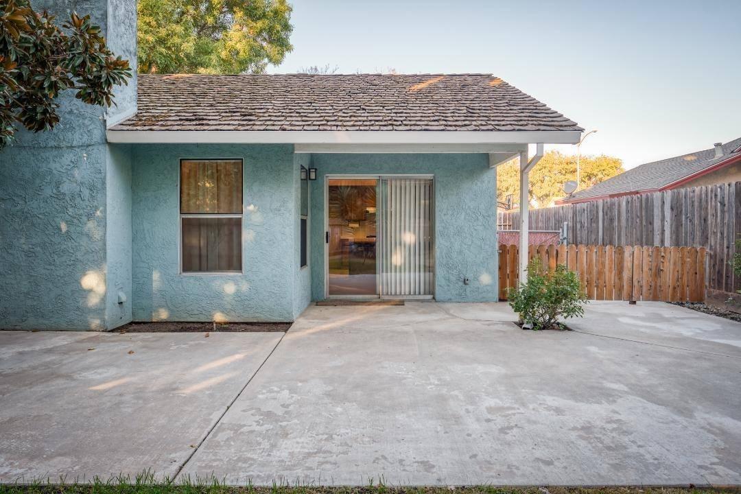 1396 Edgewood Avenue, Escalon, CA 95320