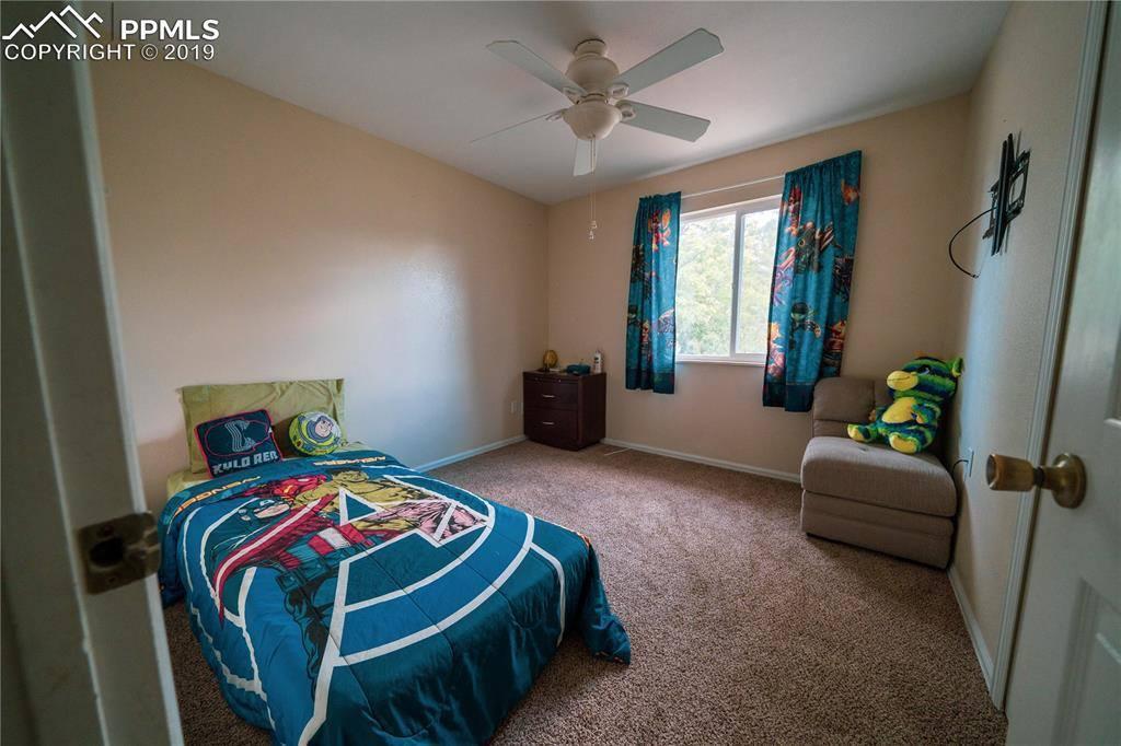 7250 Sullivan Circle, Colorado Springs, CO 80911