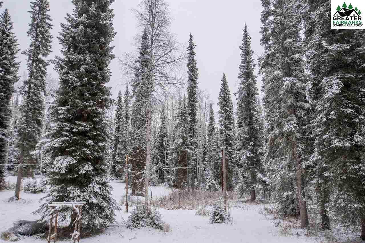 358 Louise Ln., Fairbanks, AK 99709
