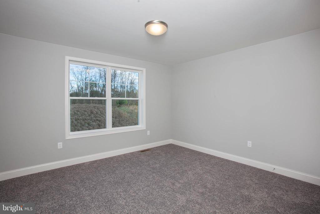 5353 Wilshire Road, Harrisburg, PA 17112