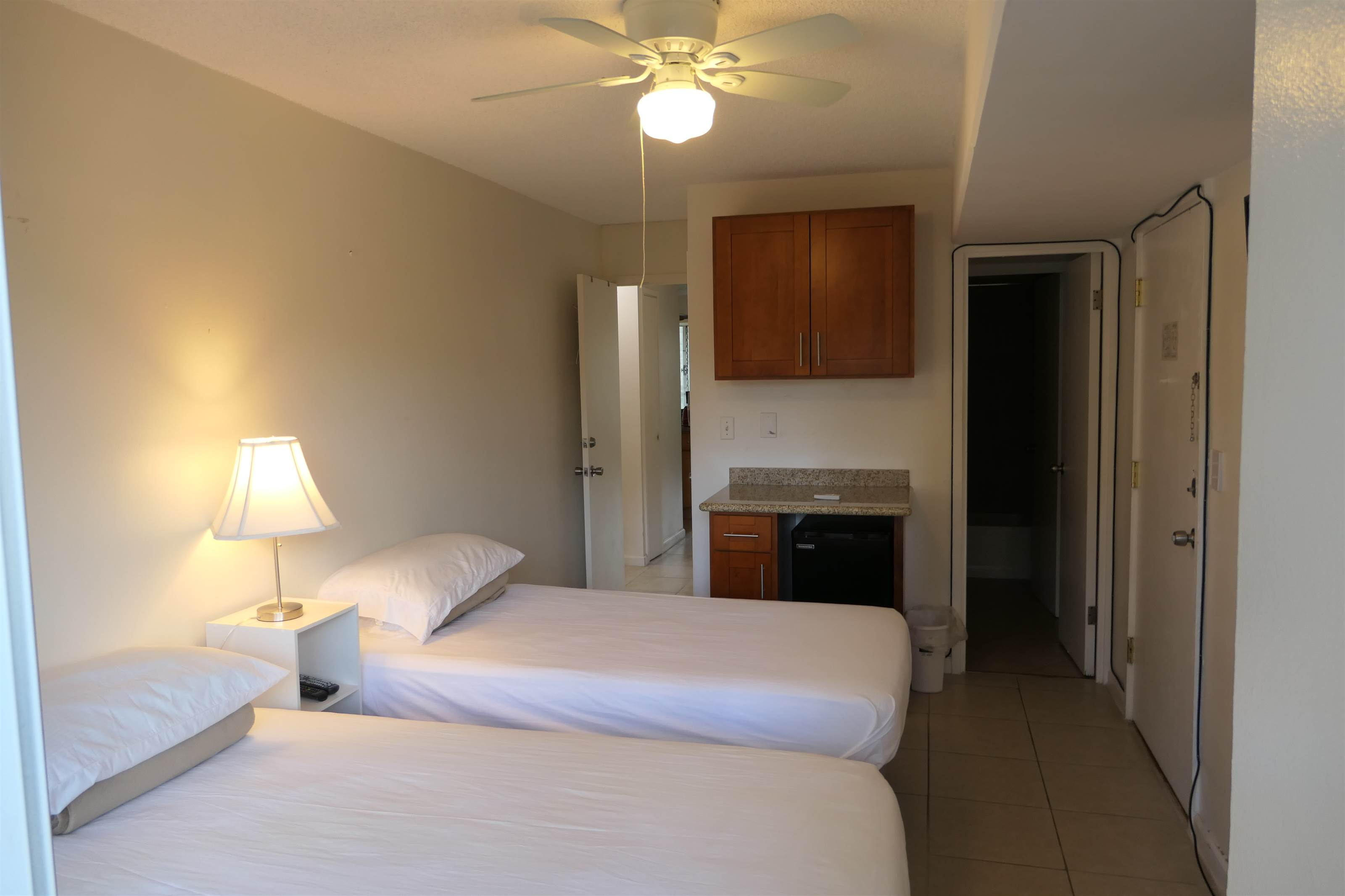 1690 Ala Moana Blvd #305, Honolulu, HI 96815