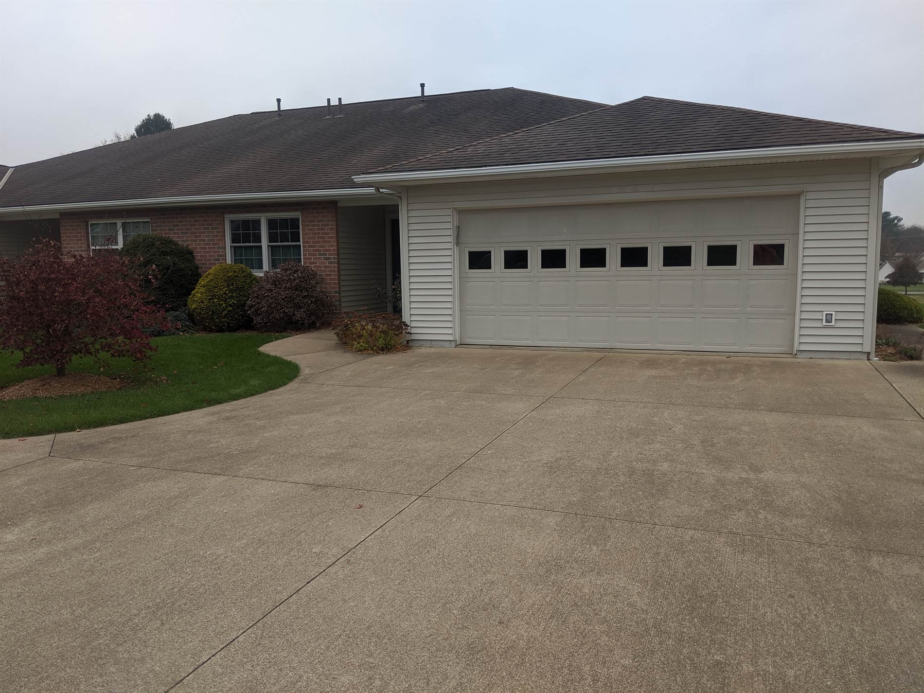 262 Stone Meadow Circle, Loudonville, OH 44842