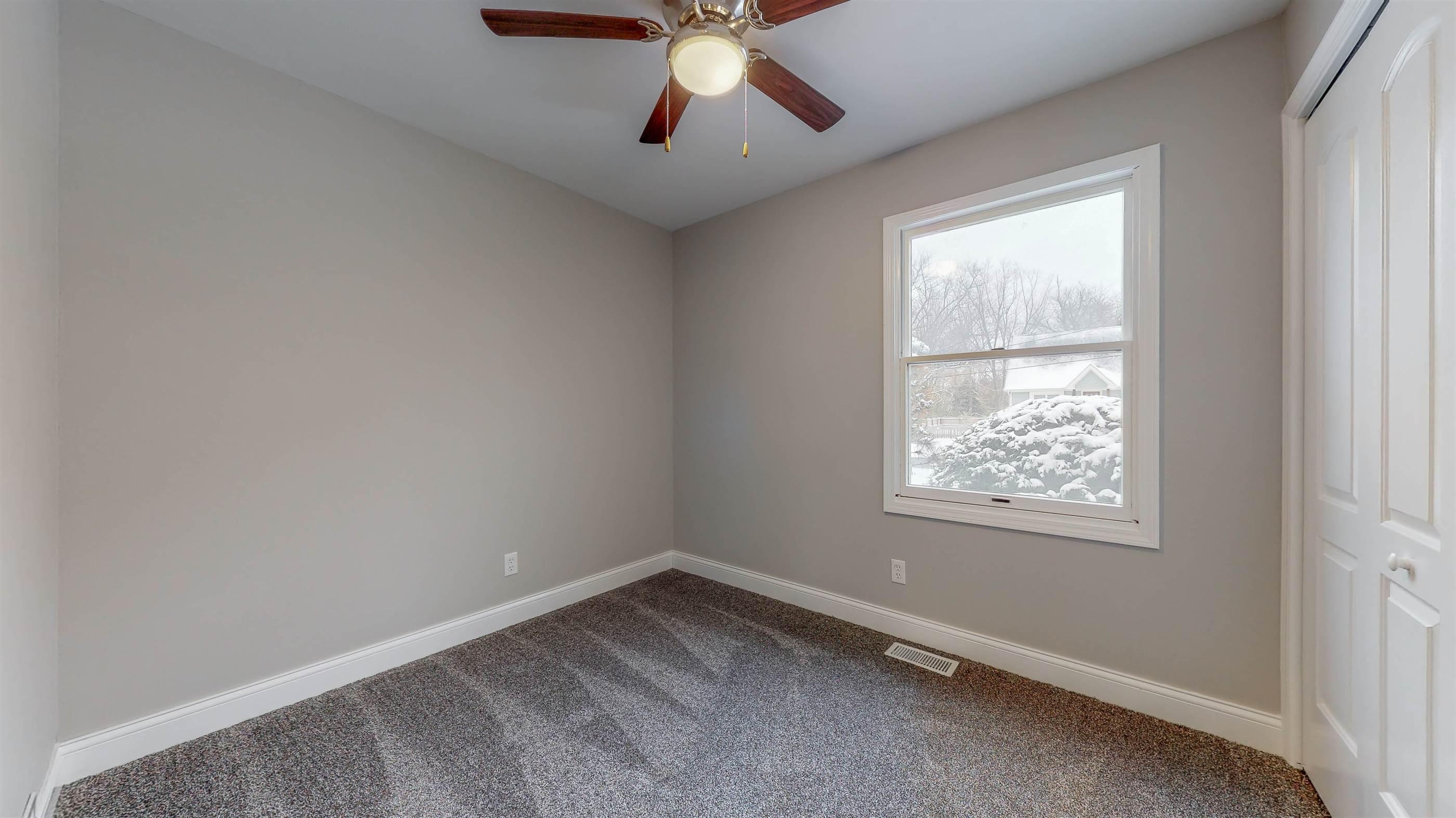 155 Thomas Lane, New Lenox, IL 60451
