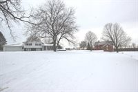 2623 West Fairview Road, Freeport, IL 61032