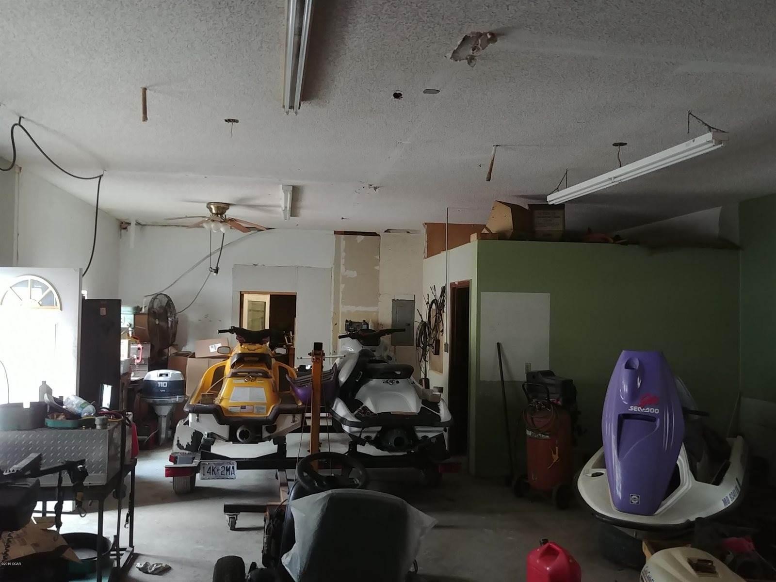 1717 South Hall Street, Webb City, MO 64870