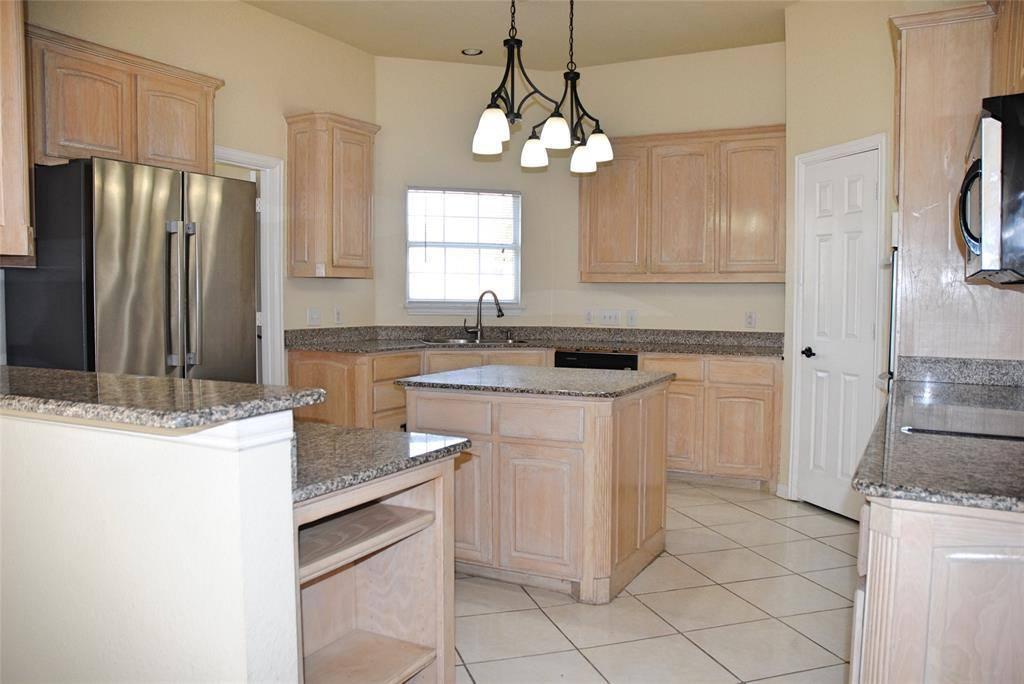 2800 Singletree Cove, Cedar Hill, TX 75104