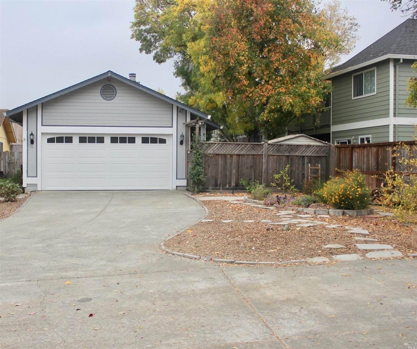 118 Pinewood Court, Cotati, CA 94931