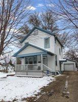 303 North Powell Avenue, Freeport, IL 61032
