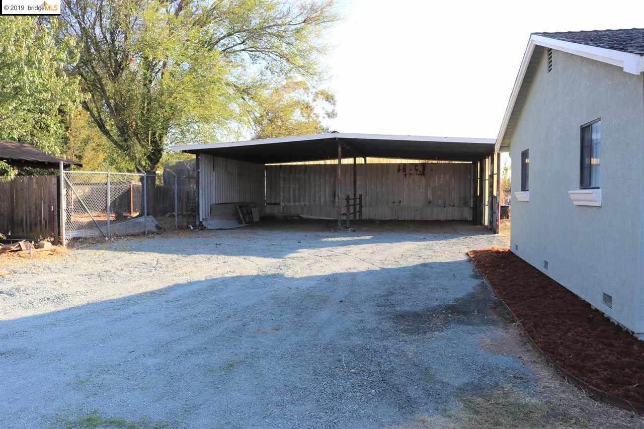 26 Almond Ln, Oakley, CA 94561