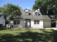 227 N Old Manor Rd, Wichita, KS 67208