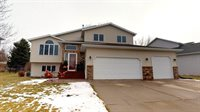1731 Canyon Drive, Bismarck, ND 58503