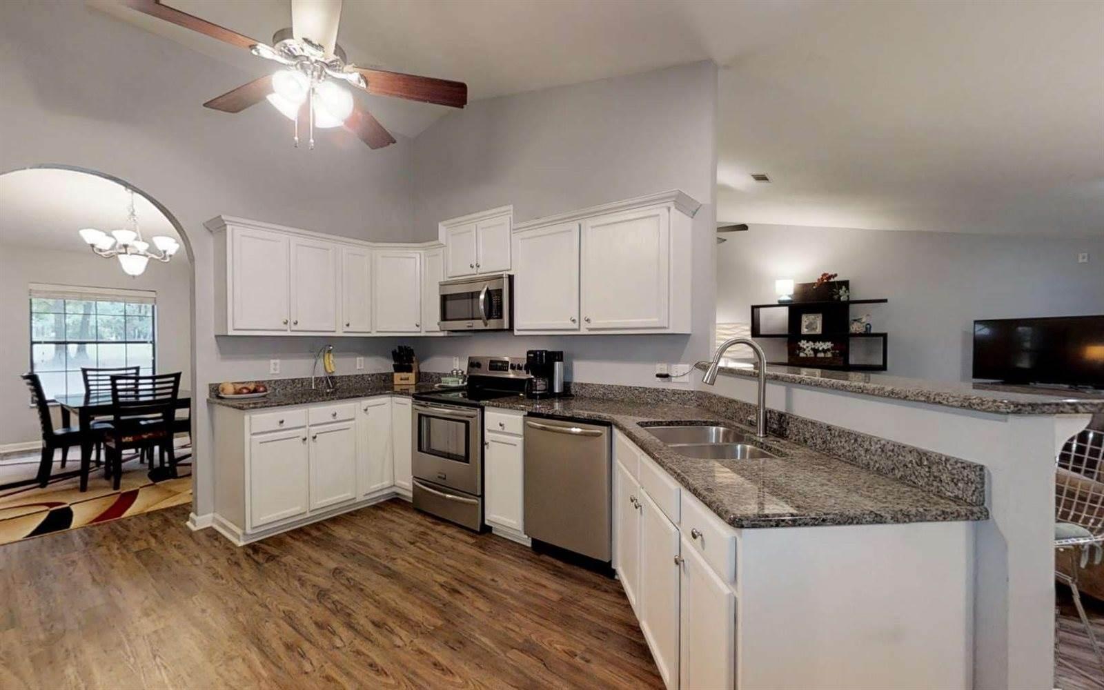 123 NW White Oak Glen, Lake City, FL 32025