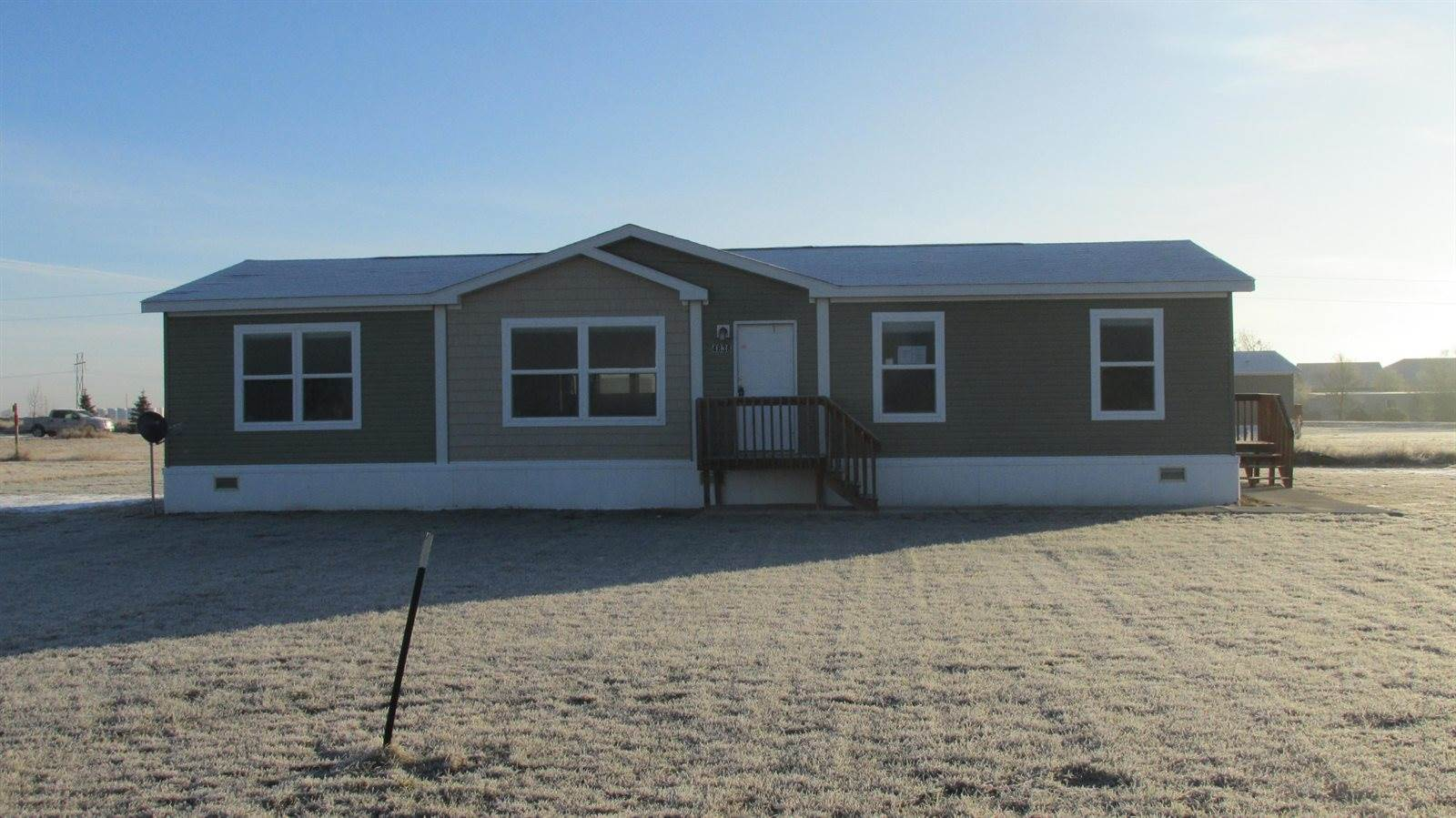 4838 Knoll Ave, Williston, ND 58801