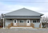 904 W Welsh St, Williamsburg, IA 52361