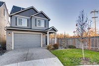 10621 NW 303RD Pl, North Plains, OR 97133