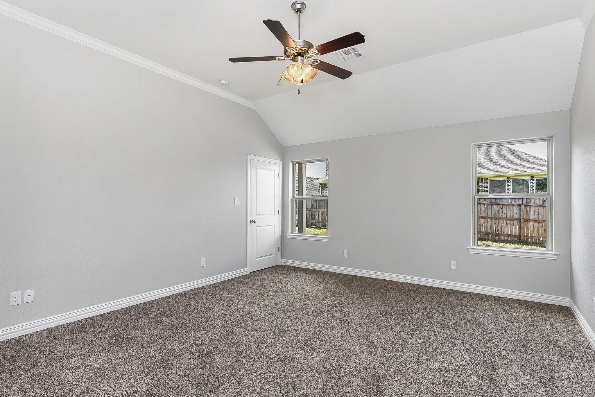 2702 Talsworth, College Station, TX 77845