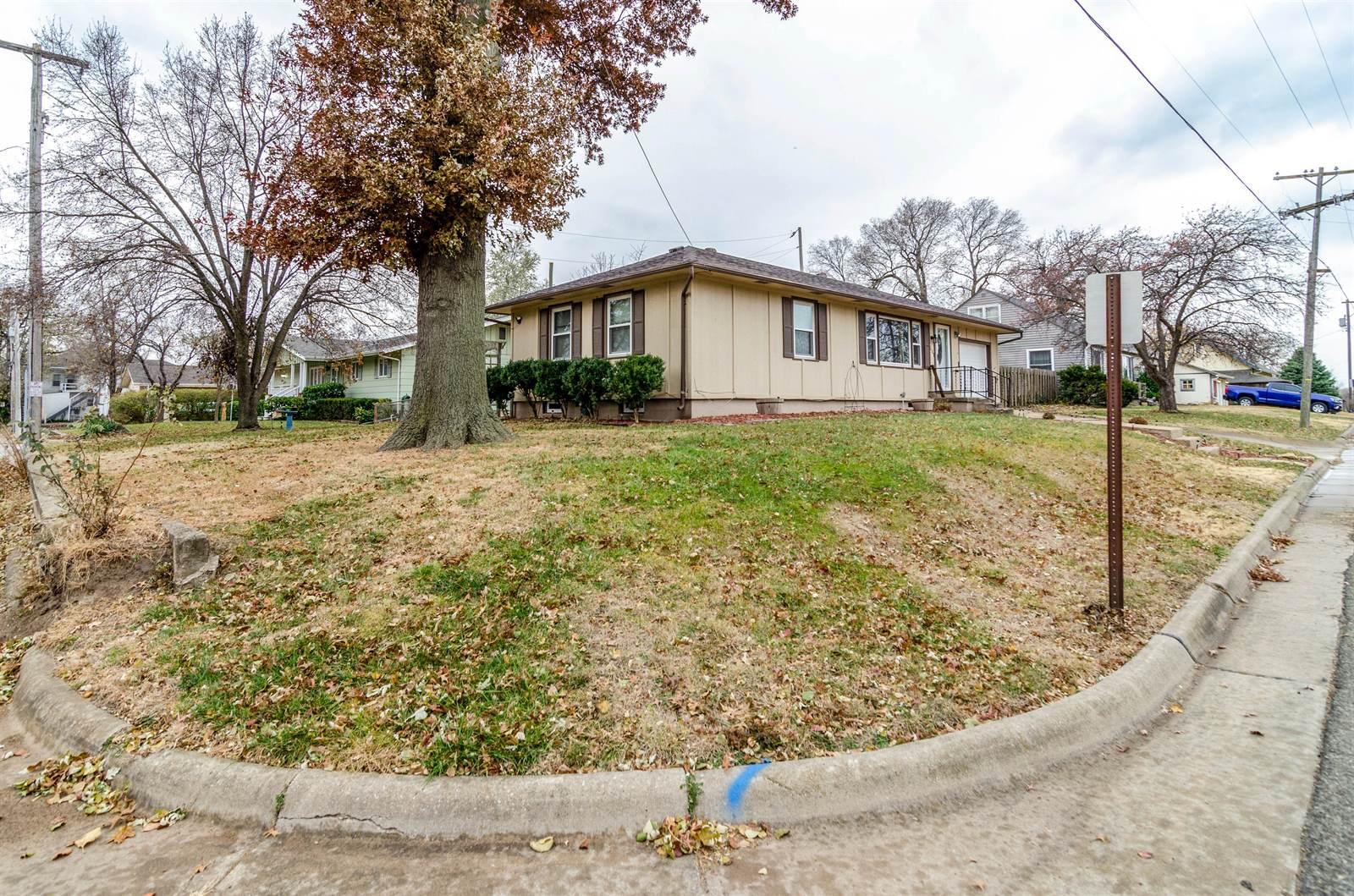 201 NW 11th Street, Abilene, KS 67410