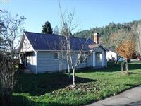 405 South Cedar St, Drain, OR 97435