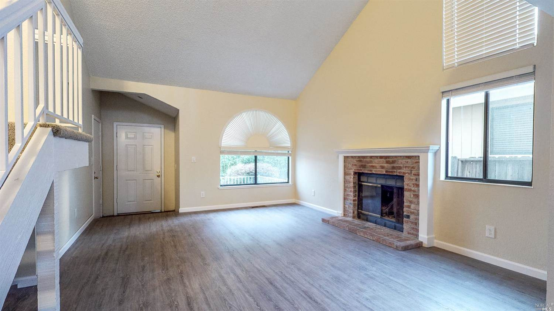 399 Jane Drive, Windsor, CA 95492