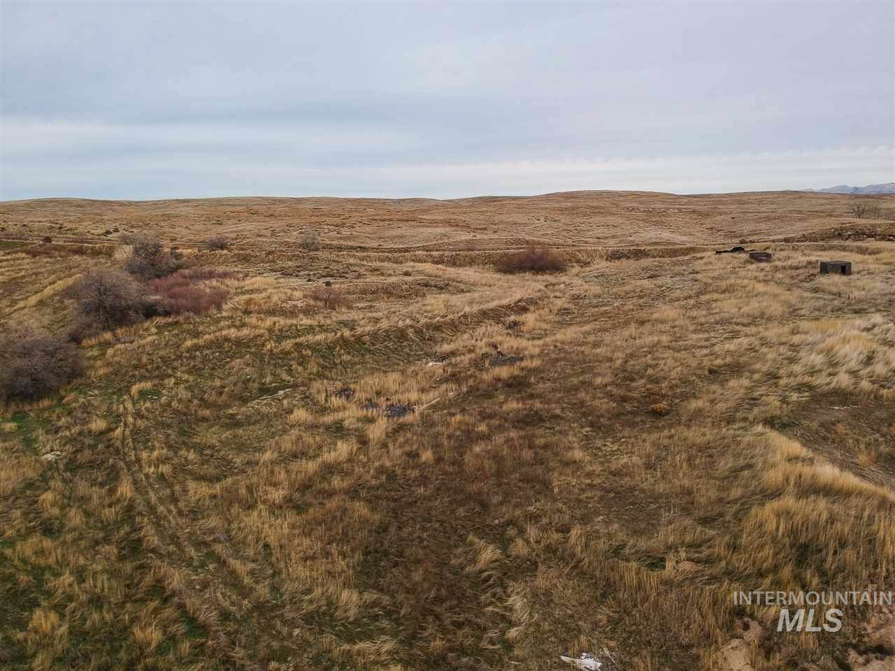 27756 Cemetery Rd, Middleton, ID 83644