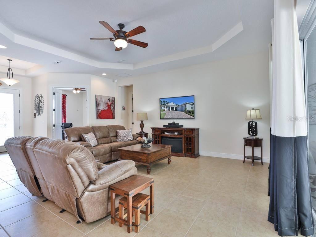 701 Victoria Hills Drive, Deland, FL 32724