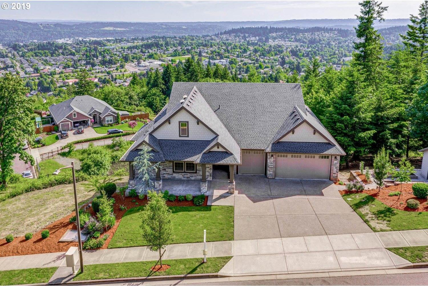12245 SE Mountain Ridge Ave, Happy Valley, OR 97086