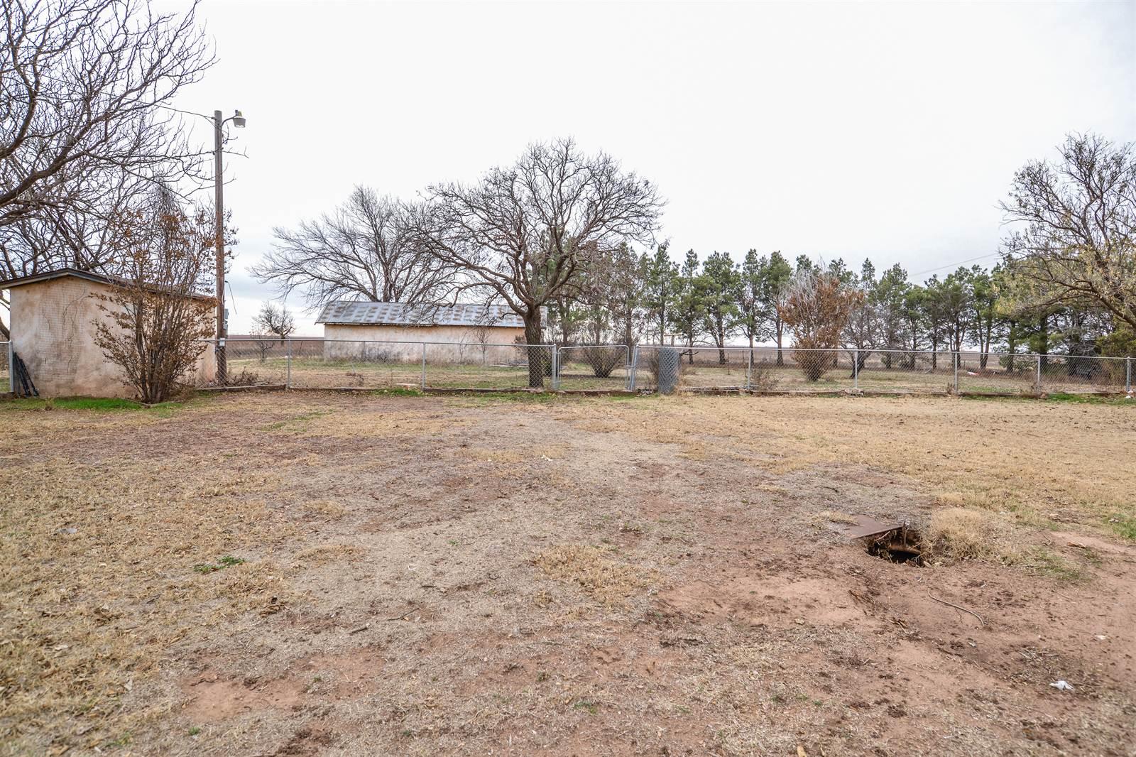 711 Farm Road 400, Wilson, TX 79381