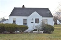 28 Helena Dr, Struthers, OH 44471