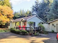 62082 Old Wagon Rd, Coos Bay, OR 97420