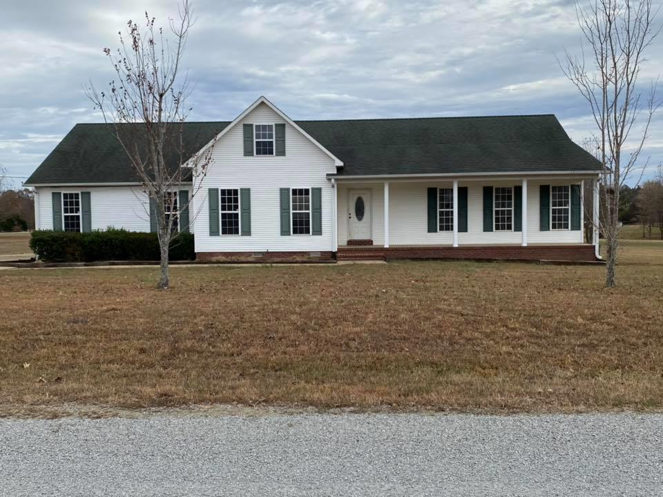 100 Sunbright, Henderson, TN 38340