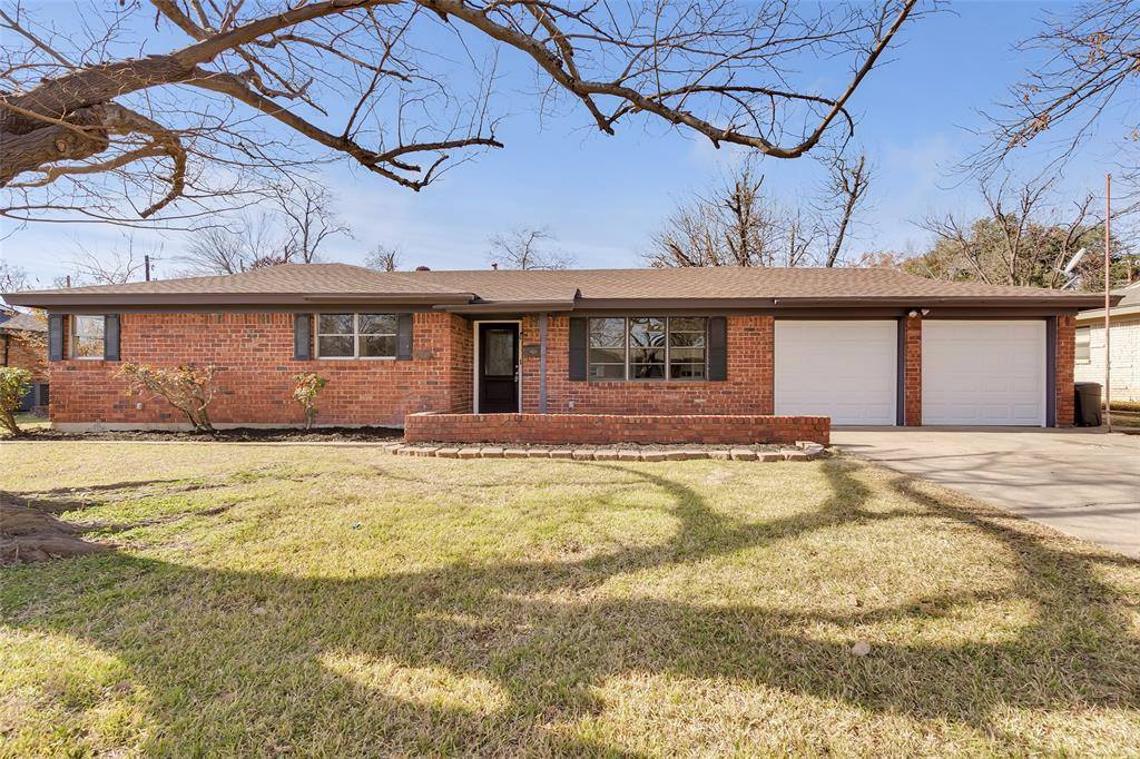 4913 Cummings Drive, North Richland Hills, TX 76180