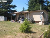 340 Radar Rd, Coos Bay, OR 97420