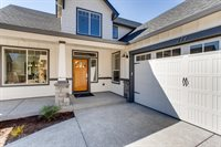 279 NE 36TH Ct, Hillsboro, OR 97124
