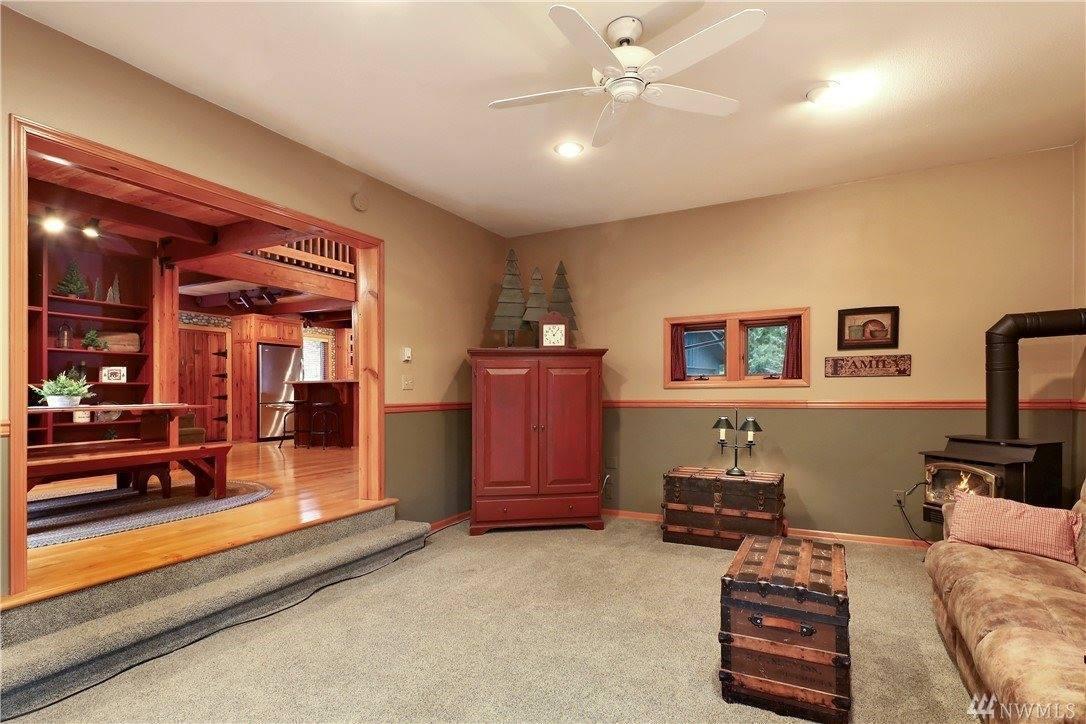 1254 Paradise Rd, Ferndale, WA 98248