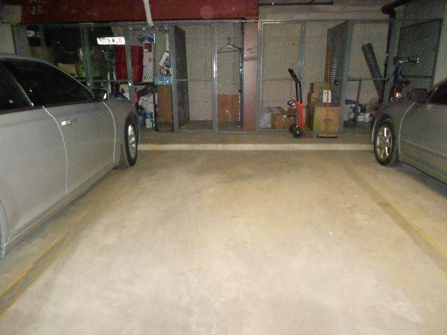 10420 Circle Drive, #27B, Oak Lawn, IL 60453