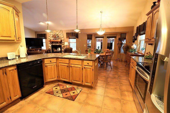 6910 Arbor Haven Lane, Wisconsin Rapids, WI 54494