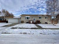 2012 17th Ct West, Williston, ND 58801