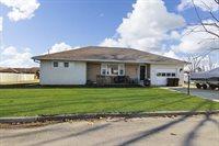 109 North Ridge Street, Shannon, IL 61078