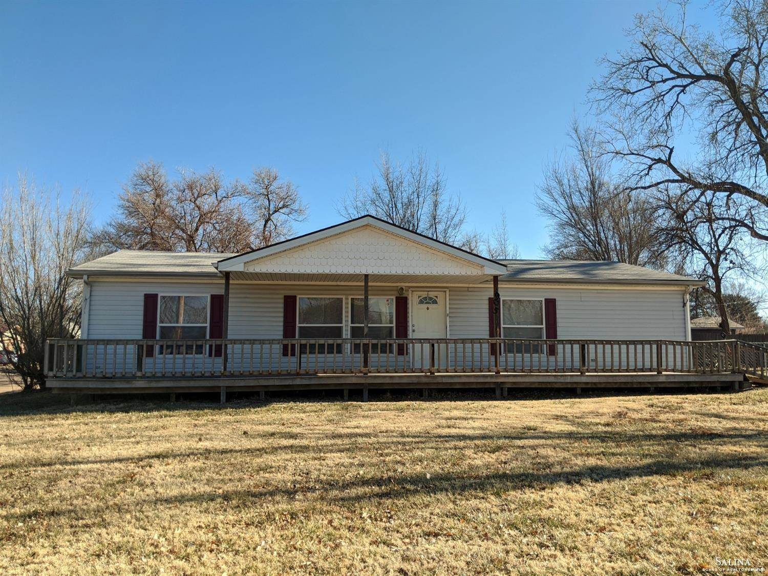 1905 Haskett Avenue, Salina, KS 67401