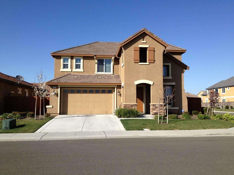 900 Lancaster Street, Vacaville, CA 95687