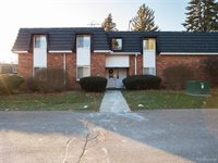 1844 Colonial Village Way, Waterford Township, MI 48328