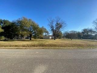 512 Kane Street, Tomball, TX 77375