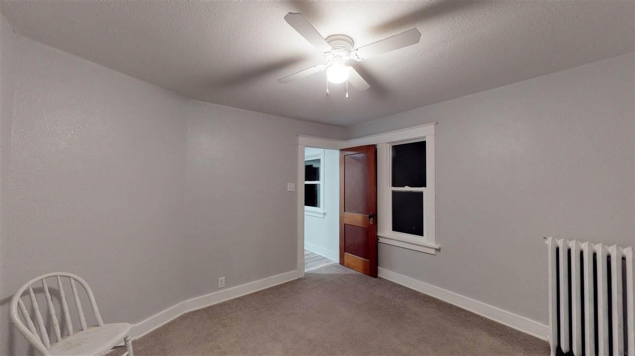 200 Long St, Williamsburg, IA 52361