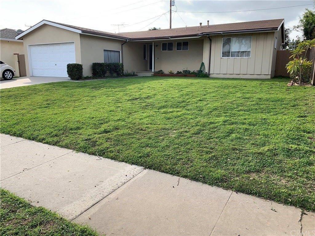 325 North Russell Avenue, Fullerton, CA 92833