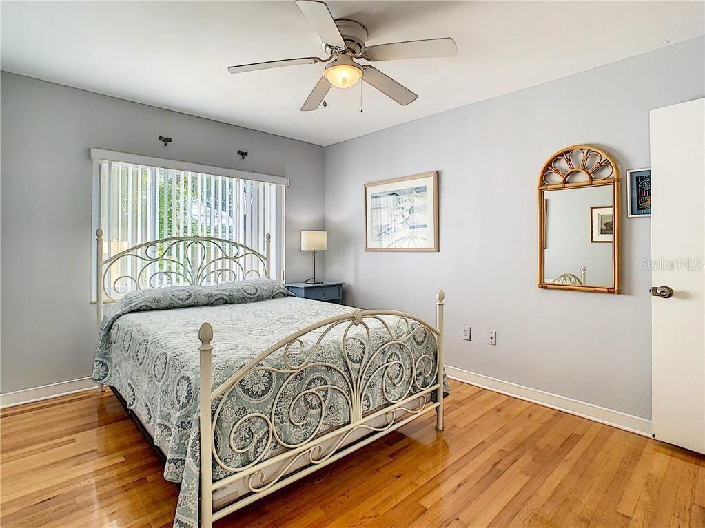 2120 Coronada Way S, St Petersburg, FL 33712