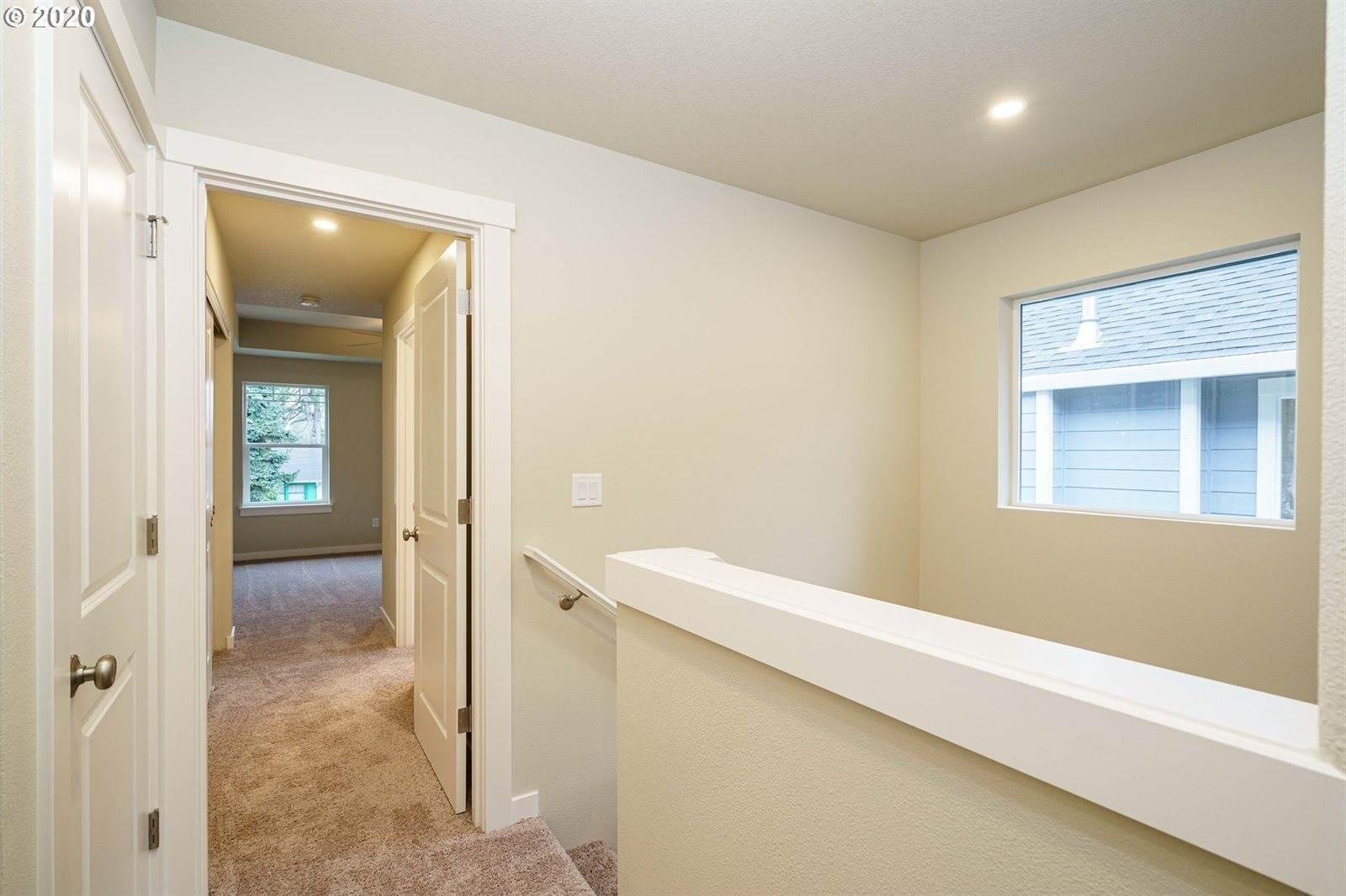 1690 NE 80 Ave, Portland, OR 97213