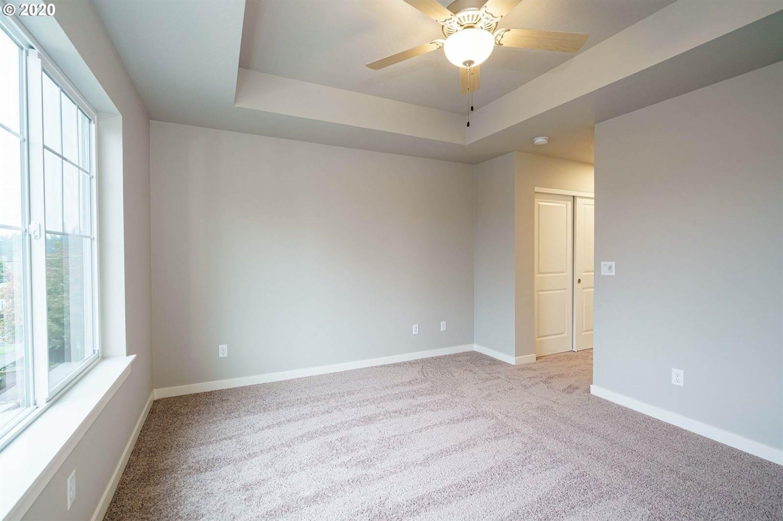 1698 NE 80 Ave, Portland, OR 97213