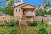 4431 Blackwell St, Moss Point, MS 39563